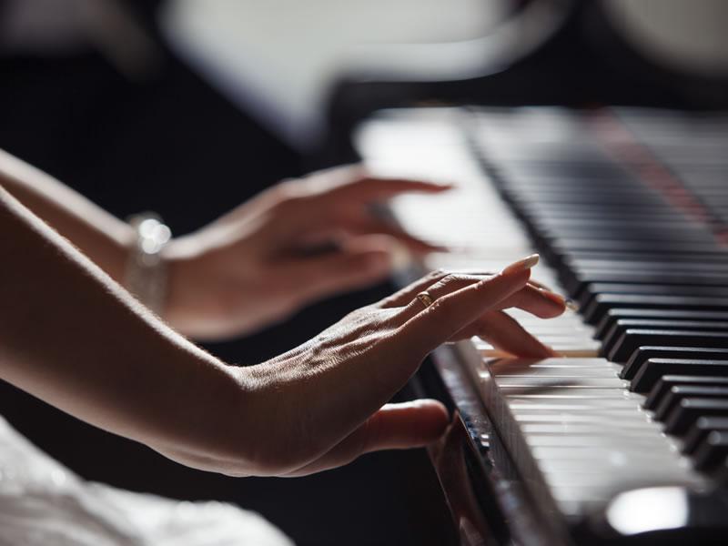 Curso de Piano Erudito e Popular